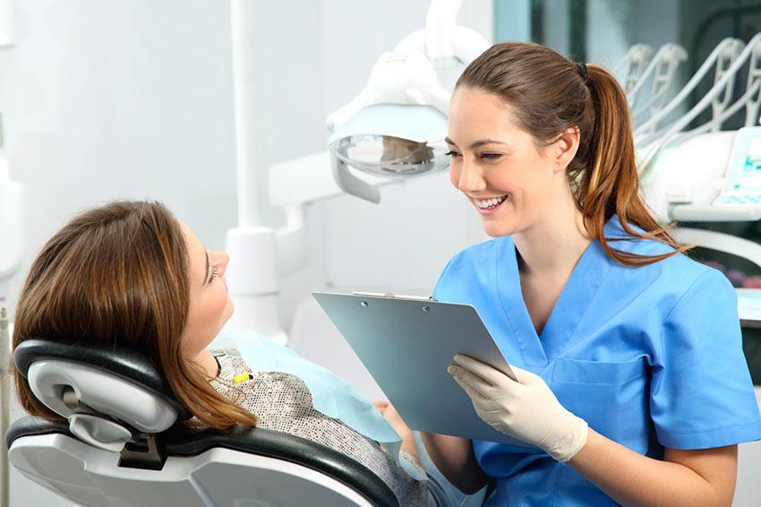 Consulta clínica dental en Estepona