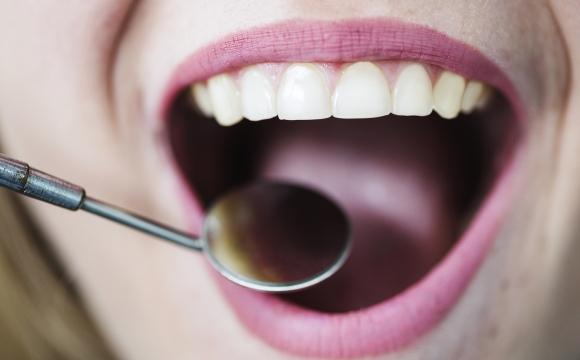 Equipo de higiene y salud dental Cenyt